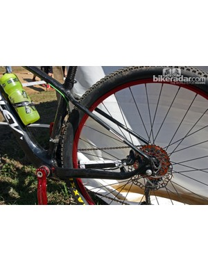 Ridley follow the 'big chainstays, slim seatstays' model on this carbon 29er