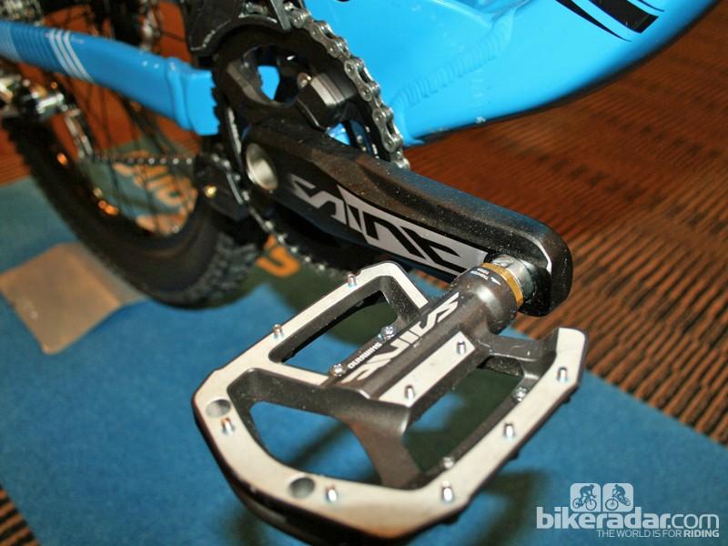 Shimano Saint M820 crankset and MX80 pedal
