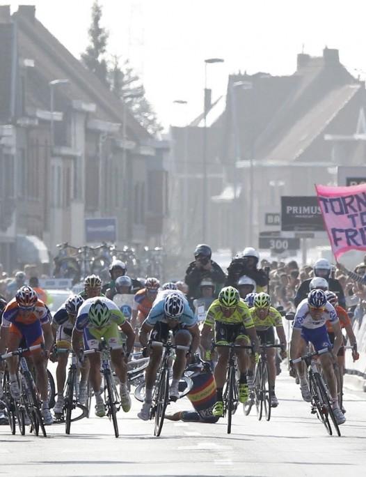 Tom Boonen heads the sprint in Gent-Wevelgem