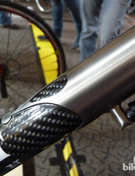 Independent's carbon tubes are joined with titanium lugs