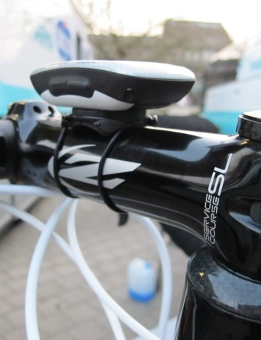Tom Boonen (Omega Pharma-Quick Step) recently replaced his temporary FSA stem with this 140mm-long Zipp Service Course SL model. Note the way team mechanics have attached the computer mount