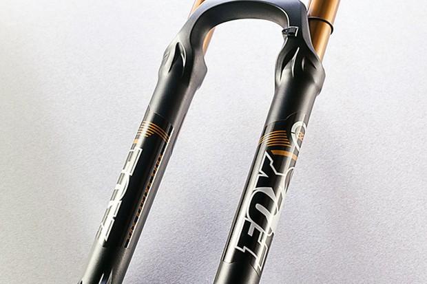 Fox 32 TALAS 150 FIT RLC 15QR suspension fork