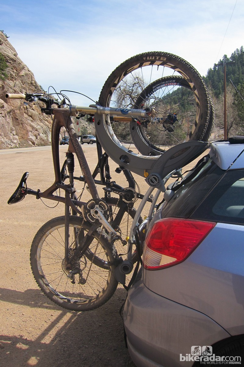 The rack's main selling point is the fact that it doesn't touch any part of the bike's frame