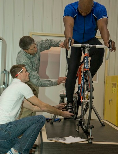 Bo Jackson gets a personal bike fit from Trek's Race Department