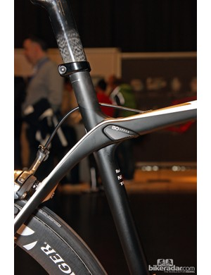 Think of IsoSpeed as a pivot at the center of a big 'X'. By turning the seat cluster into a dynamic rather than static joint, Trek claim a 50 percent leap in ride comfort relative to the Madone