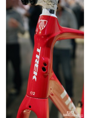 The new Trek Domane gets refined internal cable routing compatible with either mechanical or electronic drivetrains