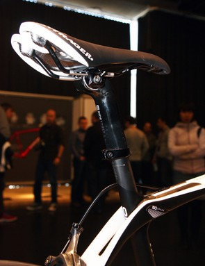 It's worth noting that IsoSpeed wouldn't be possible with a conventional telescoping seatpost design – or at the very least, it wouldn't be as effective