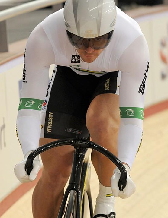 Interesting Australian sprint bars - narrower than shoulder width for better aerodynamics