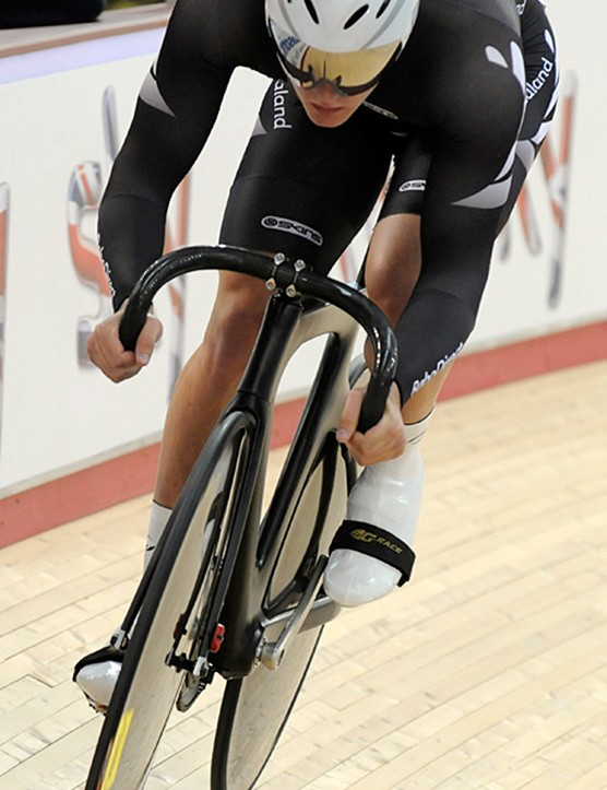 New Zealand's Ed Dawkins riding a stealthy looking unbranded machine