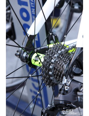 The non-driveside spokes are radially laced on the Ursus Miura T 24 rear wheels of Farnese Vini-Selle Italia but the driveside ones are still tied-and-soldered.