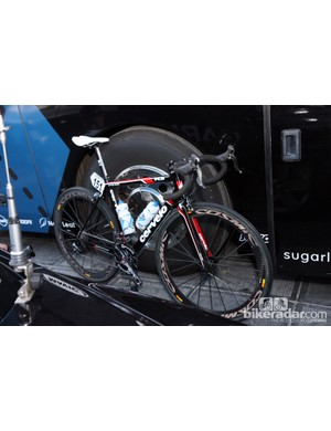 Garmin-Barracuda team leader Tyler Farrar used a Cervélo R3 at Ronde van Vlaanderen.