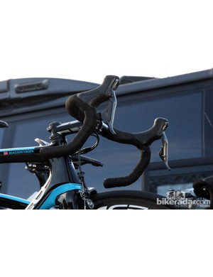 Edvald Boasson Hagen's (Sky) Shimano Dura-Ace Di2 setup is augmented by a set of sprint shifters on the drops.
