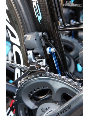 Shimano Dura-Ace Di2's front shift performance is amazing but cobbles are cobbles. Sky team mechanics lend a little extra insurance to Edvald Boasson Hagen's Pinarello Dogma 2 with this chain keeper from Token.