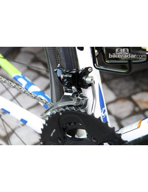 A steel-caged SRAM Red front derailleur and a custom chain keeper on Peter Sagan's Liquigas-Cannondale Cannondale SuperSix Evo.