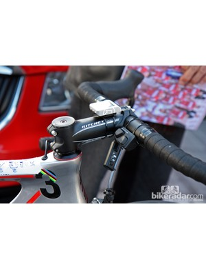 A Shimano Dura-Ace Di2 satellite shifter is fitted to the bar tops on Oscar Freire's (Katusha) Canyon Aeroad CF.