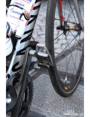 Shimano hasn't produced these pedals in years but yet they seem to be favored by Katusha rider Oscar Freire.