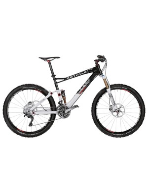 Rotwild's C series full-suspension bikes are cross-country/light trail models with 120mm of travel. This is the R.C2 FS Edition