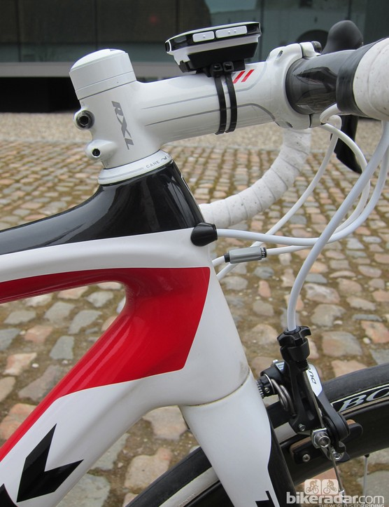 Trek use the same 1-1/8 to 1-1/2in tapered steerer format as on the Madone