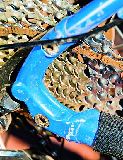 Rear dropouts are interchangeable should you want to go singlespeed