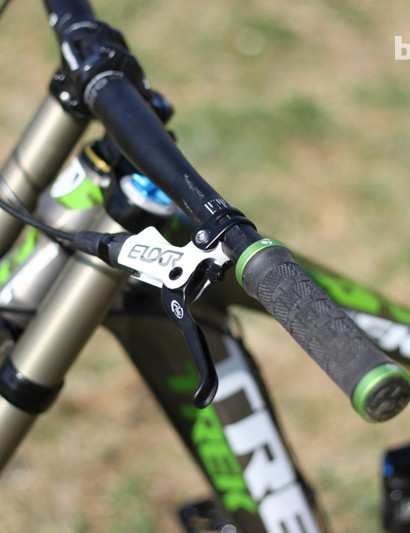 SRAM's Elixir 9 with alloy levers