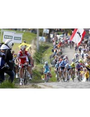 Luca Paolini goes for it