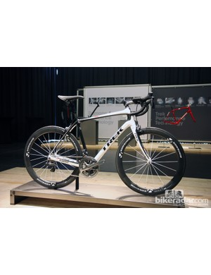 Trek's new Domane ups the Paris-Roubaix tech ante further still with a clever pinned joint at the seat cluster that allows for a remarkable amount of seat tube flex.