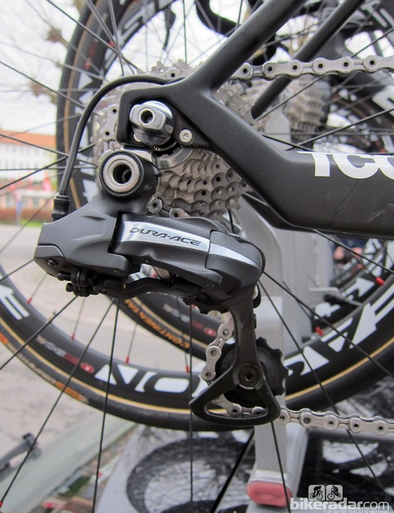 Team bikes are fitted with Shimano Dura-Ace Di2 electronic transmissions