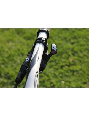 SRAM X0 trigger handles rear shifting