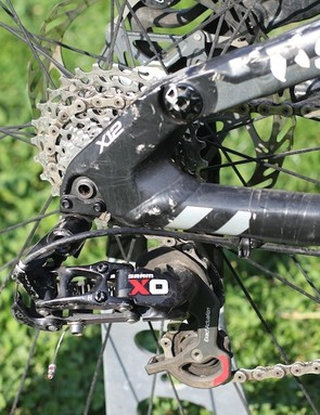 A short cage SRAM X0 handles the rear shifting