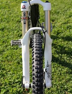 Rockshox's Totem RC2DH handles front suspension
