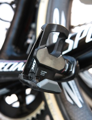 Look KéO Blade pedals for Tom Boonen's (Omega Pharma-QuickStep) new Specialized S-Works Roubaix (SL4)