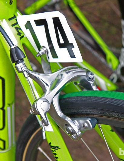 The additional tire clearance requires long-reach brakes from Shimano