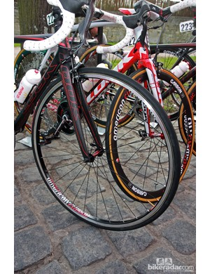 Cofidis used a mix of box-section aluminum wheels and deeper-section carbon wheels from new sponsor American Classic.