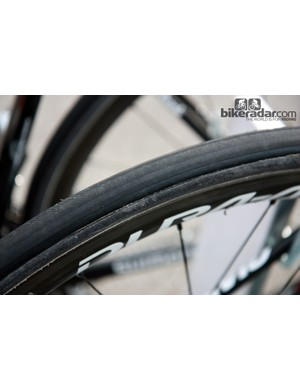 Rabobank's tires weren't marked at Paris-Roubaix but the tread pattern looks similar to something Veloflex offers.