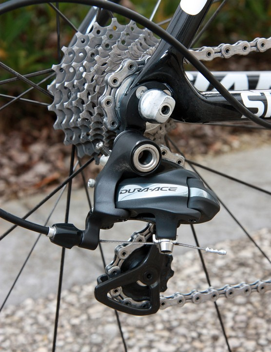 A standard Shimano Dura-Ace rear derailleur and 11-23T cassette are installed on Lars Boom's (Rabobank) Giant TCX Advanced SL for Paris-Roubaix.