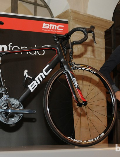 BMC team rider Thor Hushovd with the new BMC GranFondo GF01