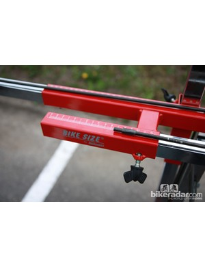Graduated markings on Movistar's sizing jig help ensure an accurate setup
