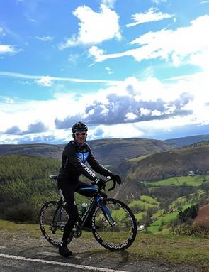 Geraint Thomas at the summit of the Horseshoe Pass, Llangollen