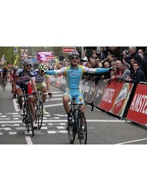Enrico Gasparotto wins the Amstel Gold Race