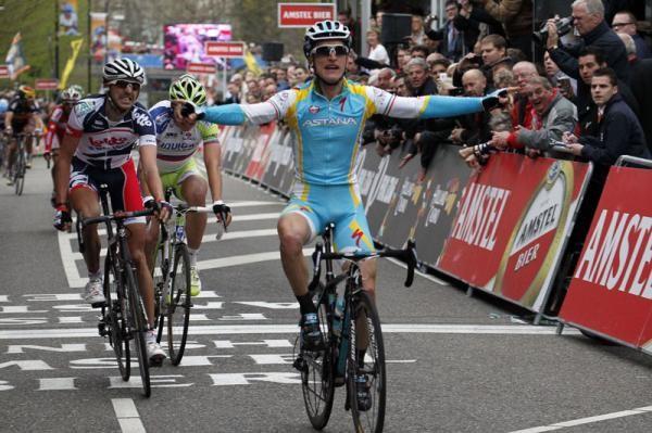 Enrico Gasparotto wins the Amstel Gold Race