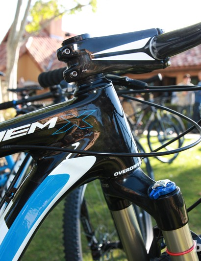 The Anthem X Advanced 29er gets an OverDrive 2 1-1/4 to 1-1/2in tapered steerer tube