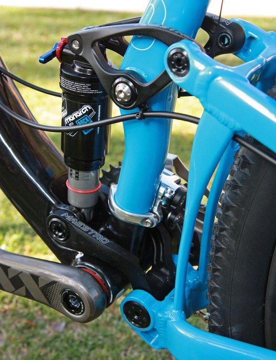 Aluminum upper and lower Maestro suspension links help keep the cost down