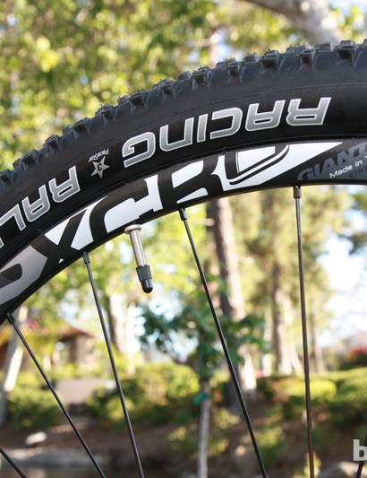 Giant are set to release their new P-XCR Composite 29er 0 wheels later this summer. Claimed weight is just 1,430g per pair