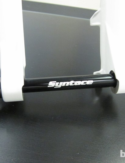 Syntace's X-15 tool-less 15mm through-axle is found as standard on the 34mm line and as an option on the Velvet and Slide forks