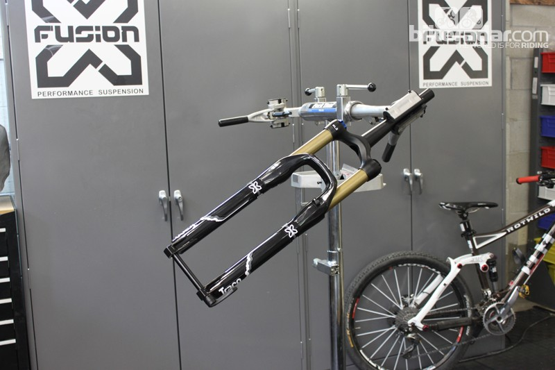 X-Fusion's fully-featured 2013 Trace sports the new Uni-Crown, 34mm stanchions, Gold Slick Ano, Mid-Valve and recessed X-15 through-axle