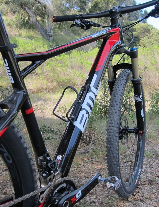 The large down tube is said to keep the frame torsionally stiff from head tube to rear dropout