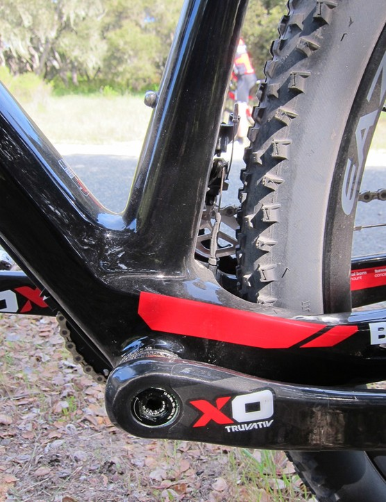 The seat tube remains fairly narrow all the way down to the massive BB92 bottom bracket