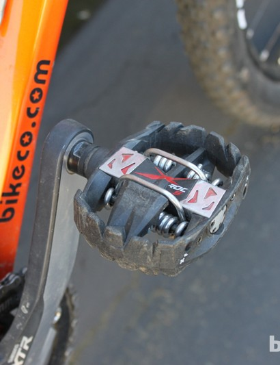 Lopes uses Time's larger X-Roc S pedals for the fastest possible entry
