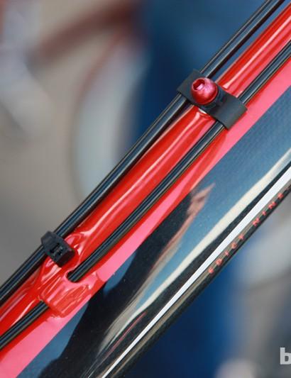 Carbon fiber Felt Edict Nine frames use a curious mix of internal and external routing