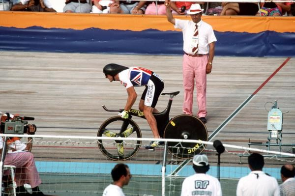 Chris Boardman races to gold at the 1992 Barcelona Olympics